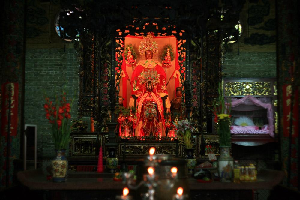 Về tục thờ Bà Thiên Hậu của người Hoa ở Nam Bộ