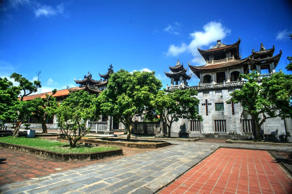 Chùm ảnh: Vẻ đẹp của 'kiệt tác' nhà thờ đá Phát Diệm