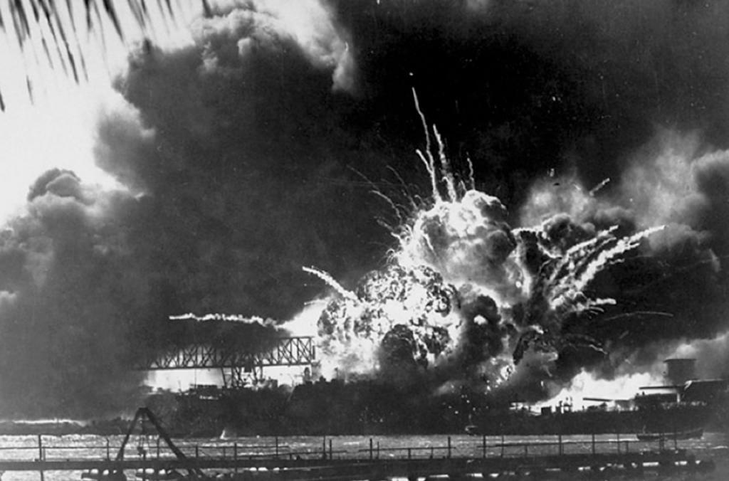 Ảnh lịch sử trong trận Trân Châu Cảng chấn động địa cầu