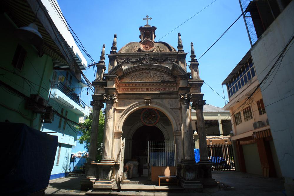 Chùm ảnh: Lăng mộ cổ độc đáo ít người biết giữa trung tâm Sài Gòn