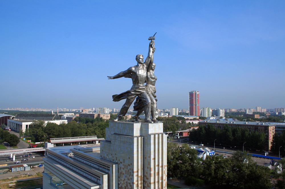 Chùm ảnh: Biểu tượng bất tử của Liên bang Xô viết giữa nước Nga hiện tại