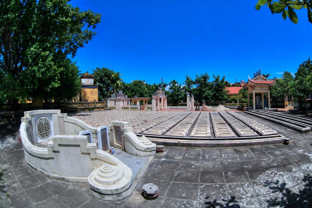 Chùm ảnh: Nghĩa trũng Hòa Vang – nghĩa trang liệt sĩ cổ xưa nhất của Việt Nam