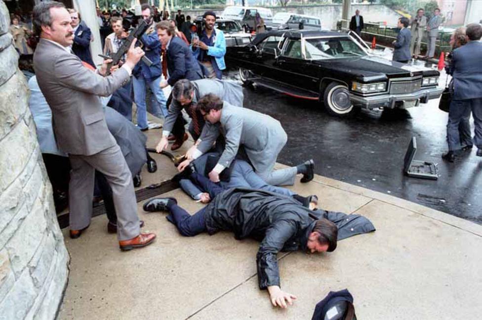 Chùm ảnh: Khoảnh khắc Tổng thống Mỹ Reagan bị bắn năm 1981