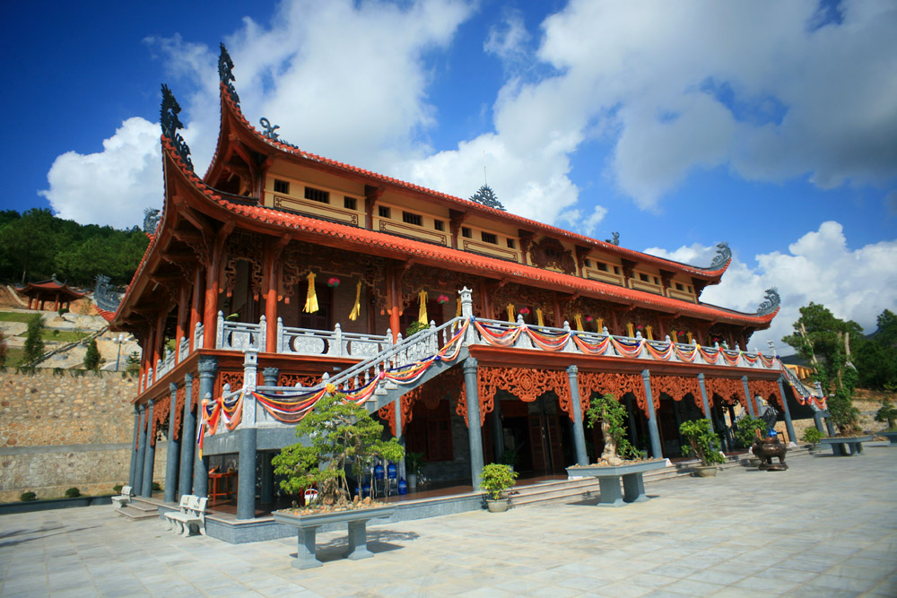 Khi Phật giáo bị thương mại hóa, chùa không khác gì công ty