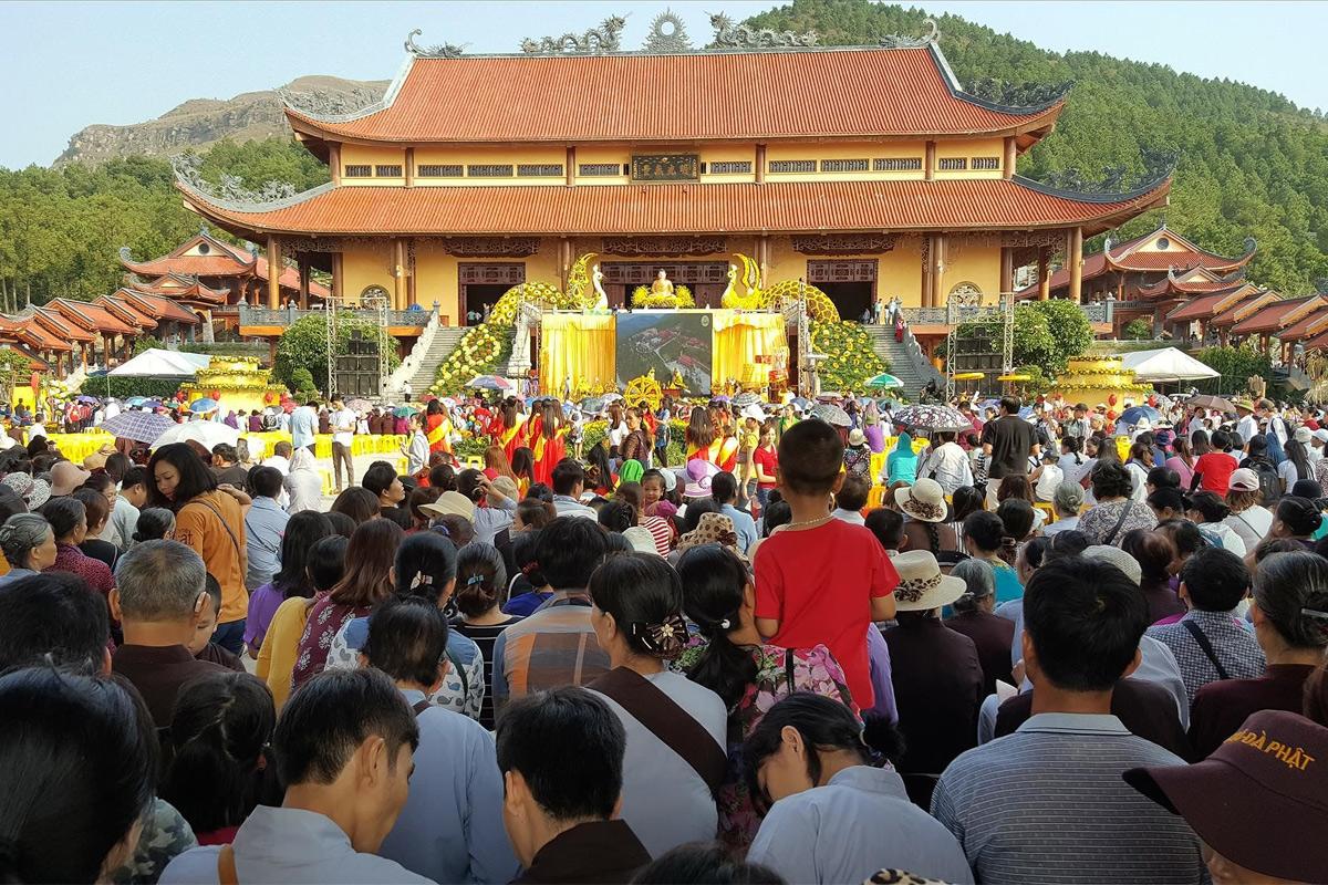 Khi con người đến với Phật không bằng cái tâm