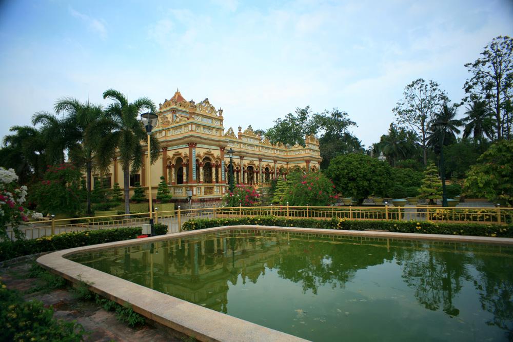 Chùm ảnh: Chùa Vĩnh Tràng – ngôi chùa đẹp nhất đồng bằng sông Cửu Long