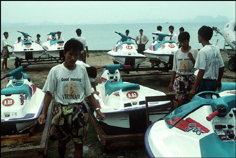 Những hình ảnh khó quên về Quảng Ninh năm 1994 – 1995