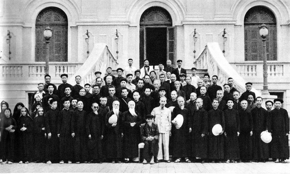 Quan điểm và ứng xử của Chủ tịch Hồ Chí Minh với tôn giáo