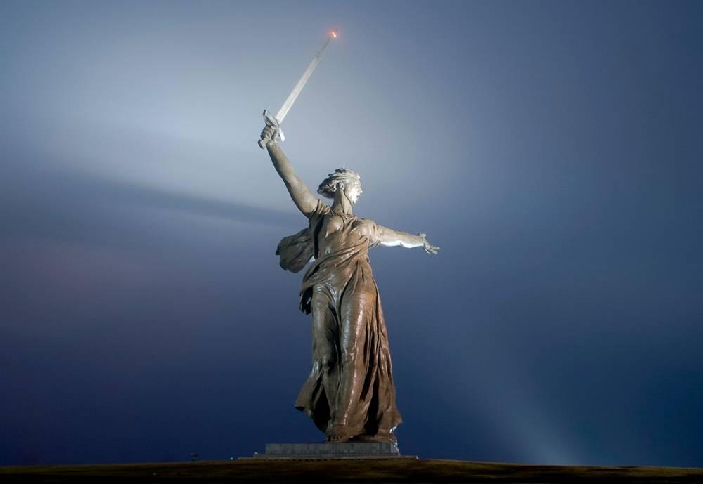 Chùm ảnh: Tượng đài Mẹ Tổ quốc – kỳ quan lịch sử của nước Nga