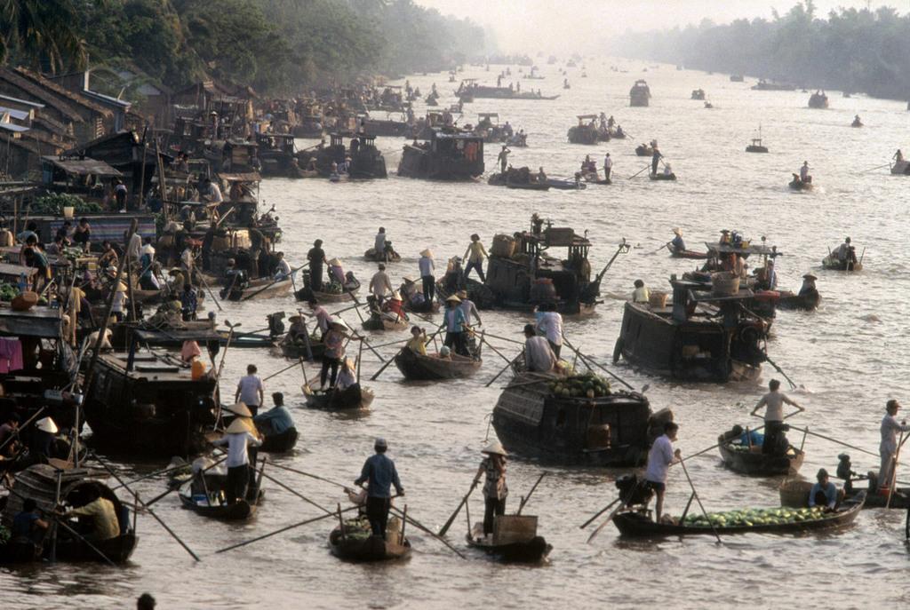 Việt Nam cuối thập niên 1990 trong ảnh của Hiroji Kubota