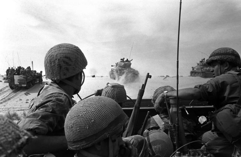 Hình ảnh lịch sử về cuộc chiến tranh 6 ngày giữa Israel và khối Ả Rập