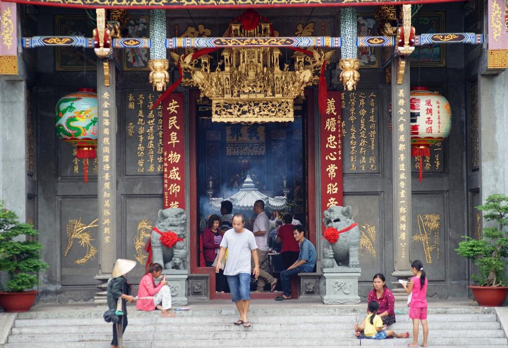 Văn hóa người Hoa trong dòng chảy văn hóa Nam Bộ