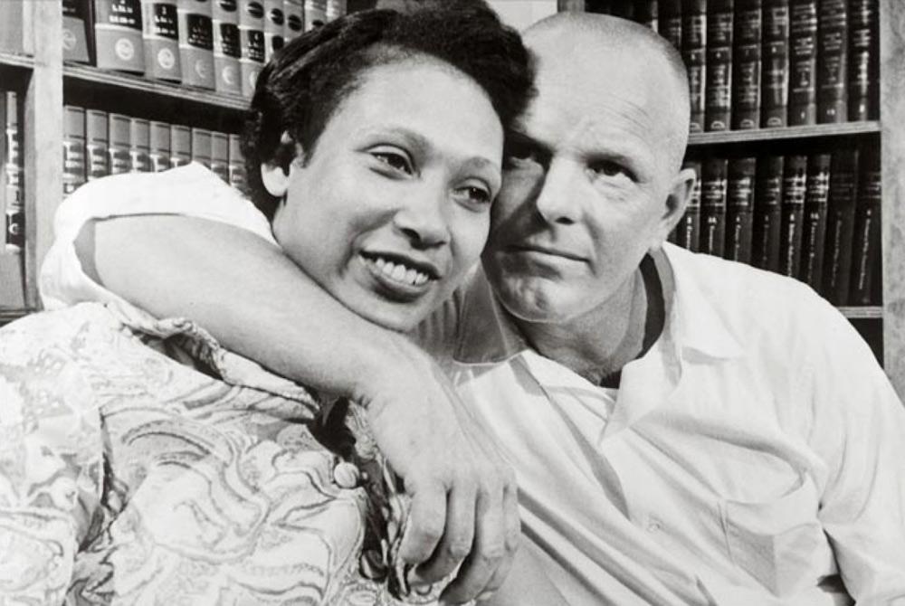 Câu chuyện tình vượt ranh giới chủng tộc làm đổi thay lịch sử Mỹ