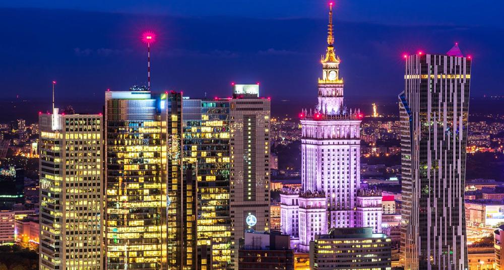 Hành trình thoát nghèo của Ba Lan: Từ bán lông thú đi lên bán máy móc