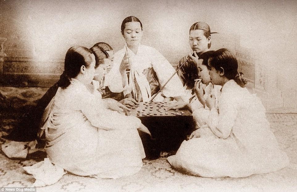 Ảnh hiếm về thời bình cách đây 100 năm trên bán đảo Triều Tiên - ảnh 16