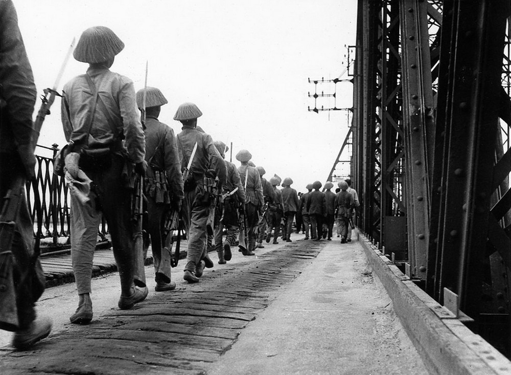 Hình ảnh quý giá về ngày Giải phóng Thủ đô 10/10/1954