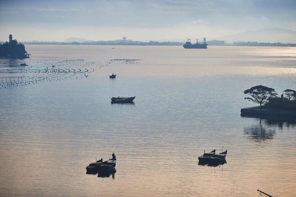 Khám phá thành phố du lịch biển kiêm... bãi thử tên lửa Triều Tiên - ảnh 1