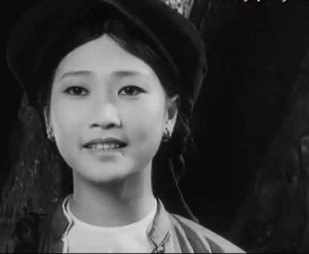 Chị Dậu của với đôi mắt biết nói, vời vợi khổ đau đã trở thành vai diễn xuất sắc của Lê Vân