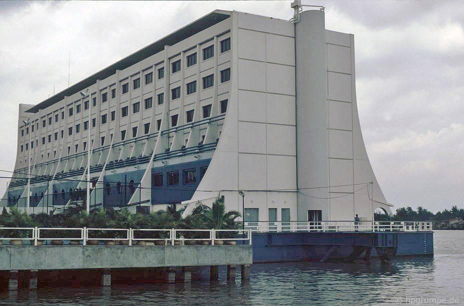 Saigon: khách sạn nổi