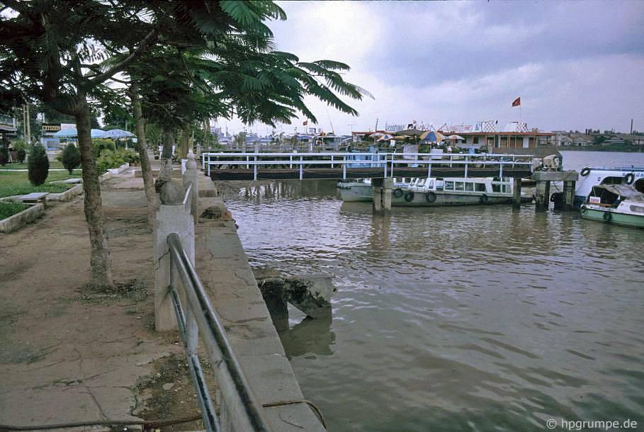 Sài Gòn: dạo chơi dọc sông Sài Gòn