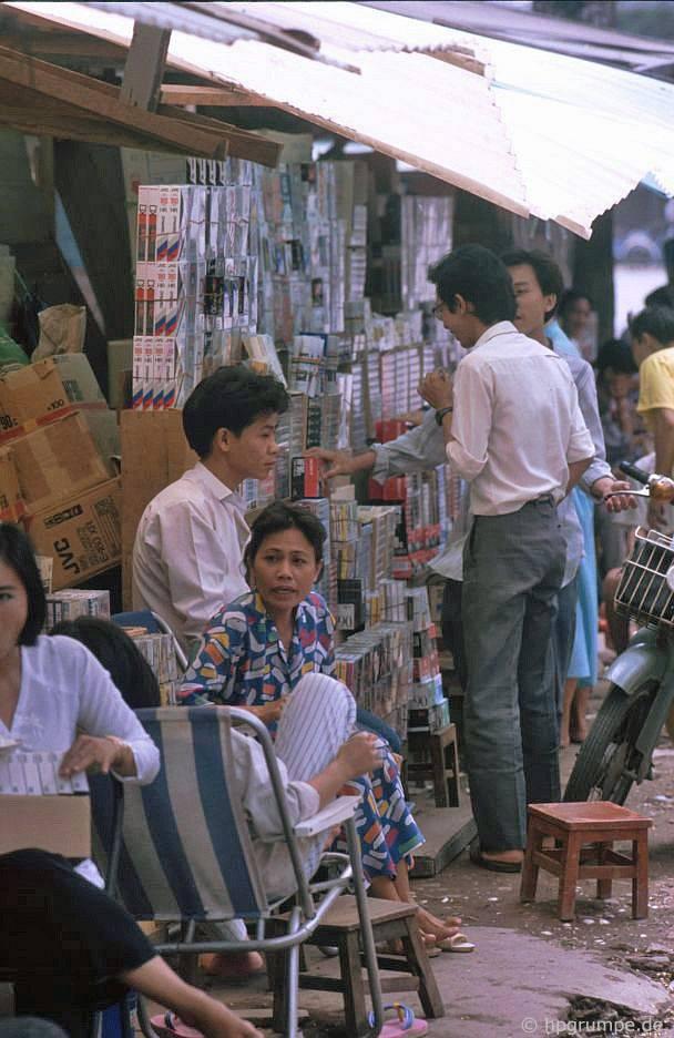Sài Gòn: Thương nhân đường phố