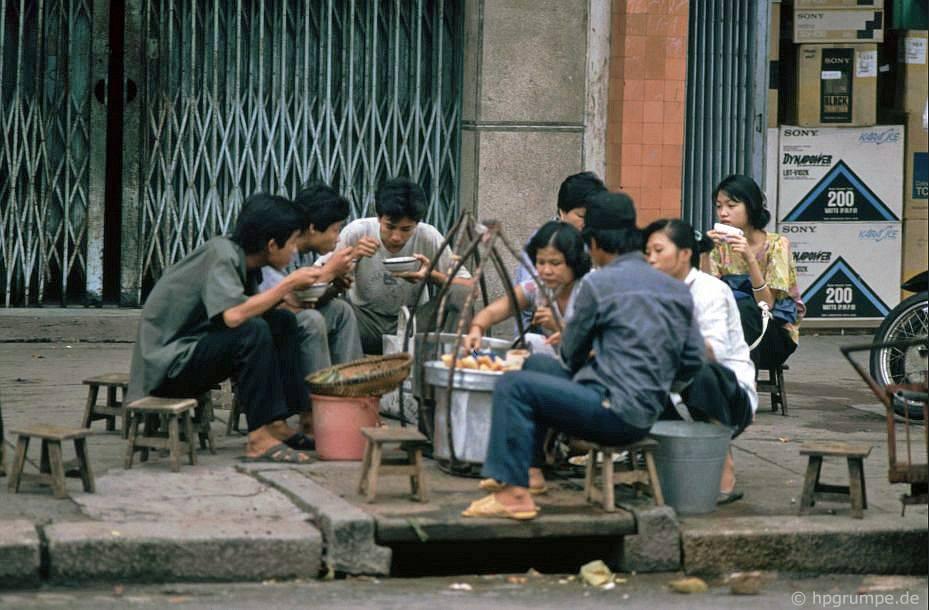 Saigon: bếp nấu ăn