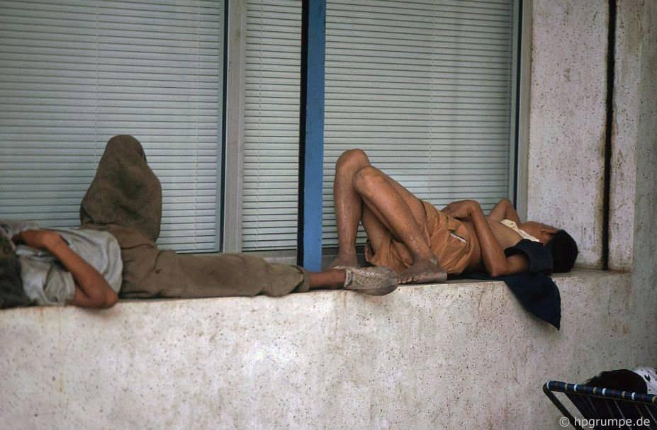 Sài Gòn: ngủ trẻ em đường phố