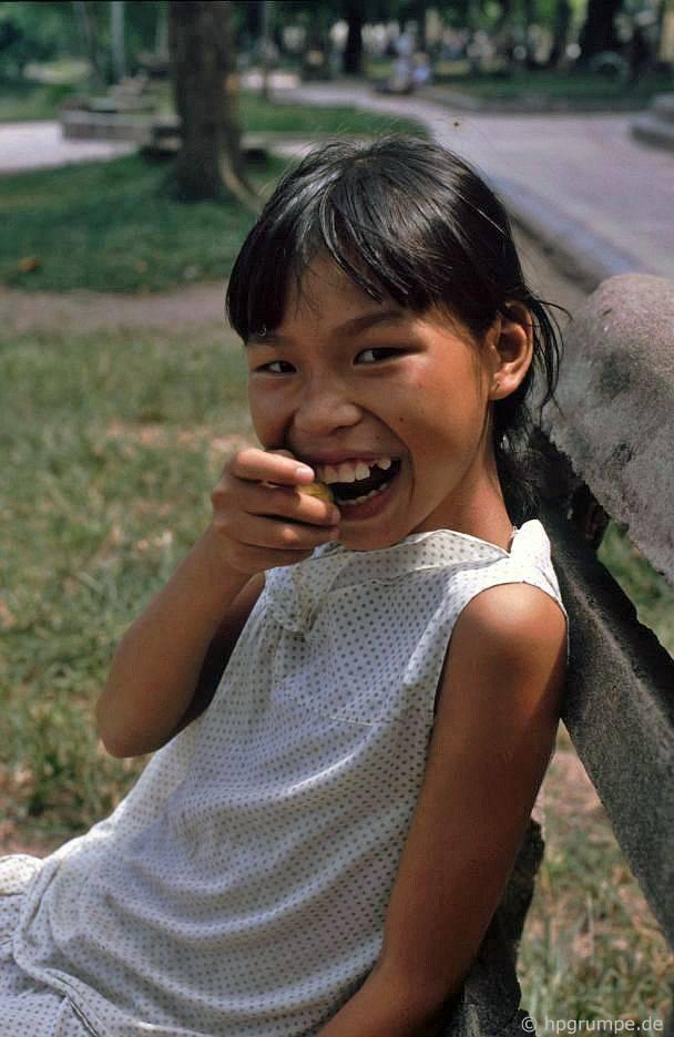 Hồ Hoàn Kiếm - Girl: Hà Nội
