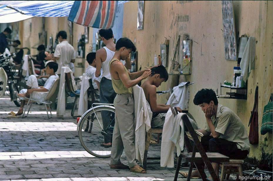 Old Town Hà Nội: Đường của Thợ cắt tóc