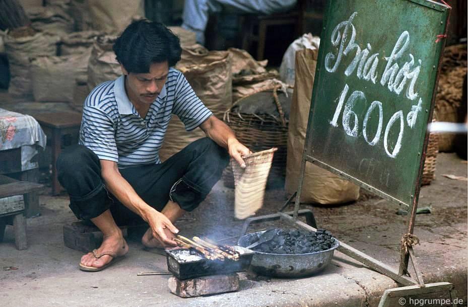 Trọn bộ 270 bức ảnh về Hà Nội năm 1991-1993 của Hans-Peter Grumpe