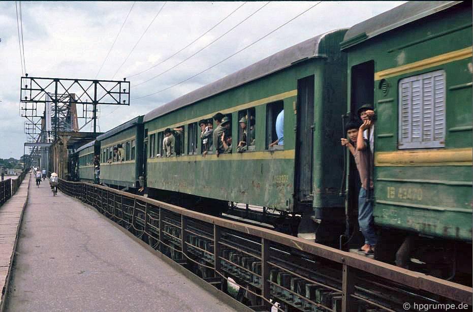 Hà Nội Đường sắt trên cầu Long Biên