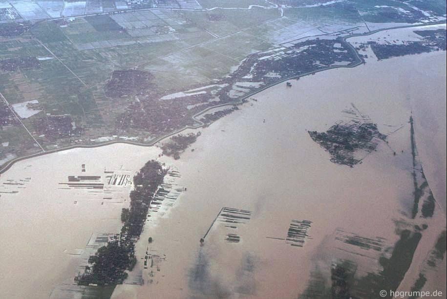Hà Nội: Aerial View - Sông Hồng