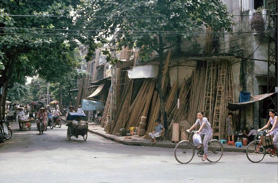 Old Town Hà Nội: Đường của các nhà sản xuất thang tre