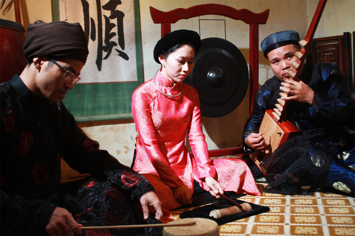 So sánh ả đào Việt Nam và geisha Nhật Bản