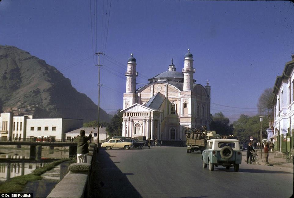 Có một Afghanistan bình yên và rất đỗi hiền hoà trong quá khứ - Ảnh 10.