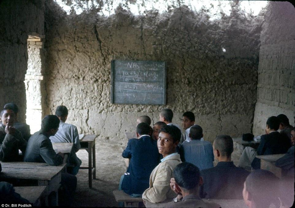 Có một Afghanistan bình yên và rất đỗi hiền hoà trong quá khứ - Ảnh 11.