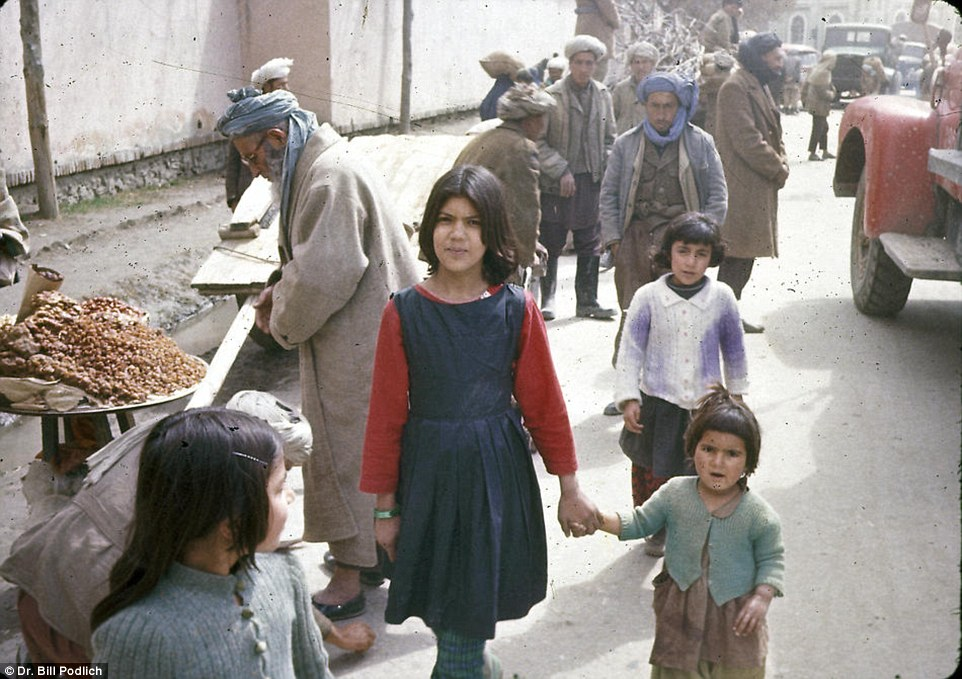 Có một Afghanistan bình yên và rất đỗi hiền hoà trong quá khứ - Ảnh 17.