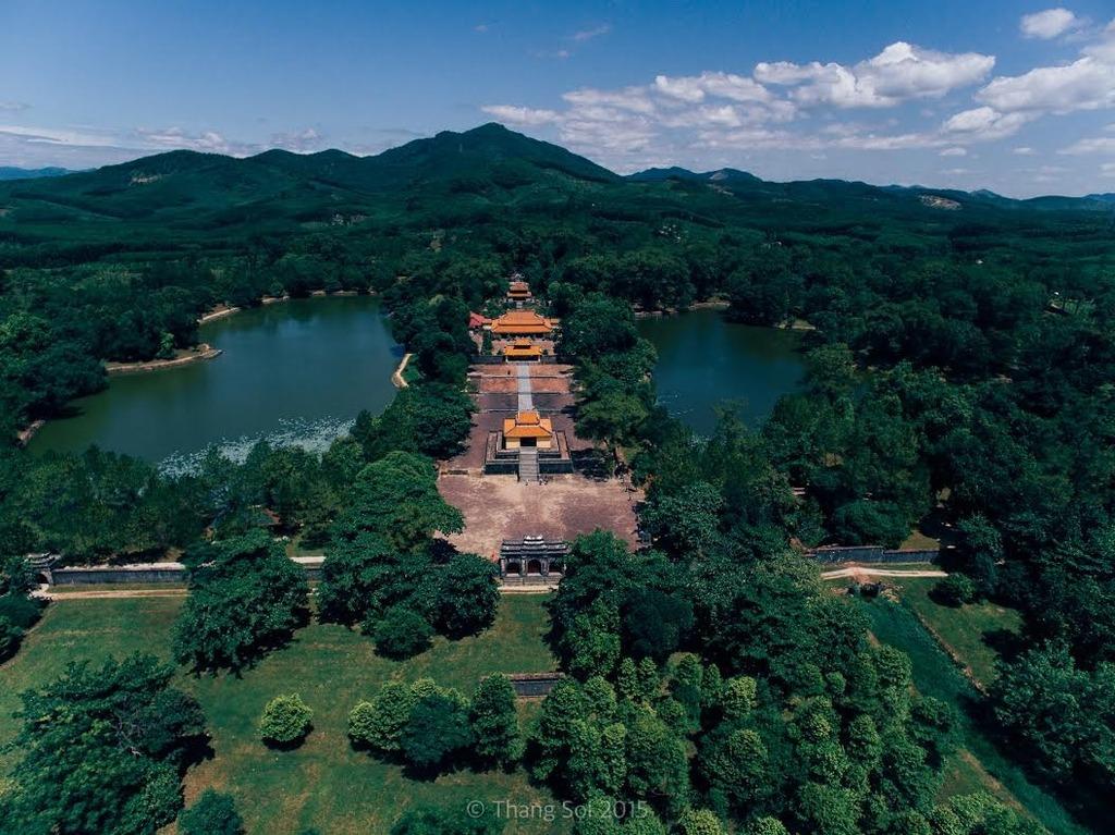 Lăng Minh Mạng (thị xã Hương Trà, tỉnh Thừa Thiên - Huế)