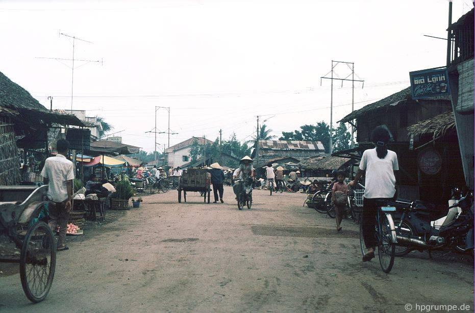 Cảnh đường trên đường
