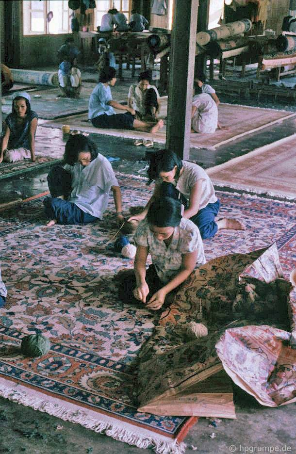 Đà Nẵng: Nhà máy thảm - công việc tốt đẹp