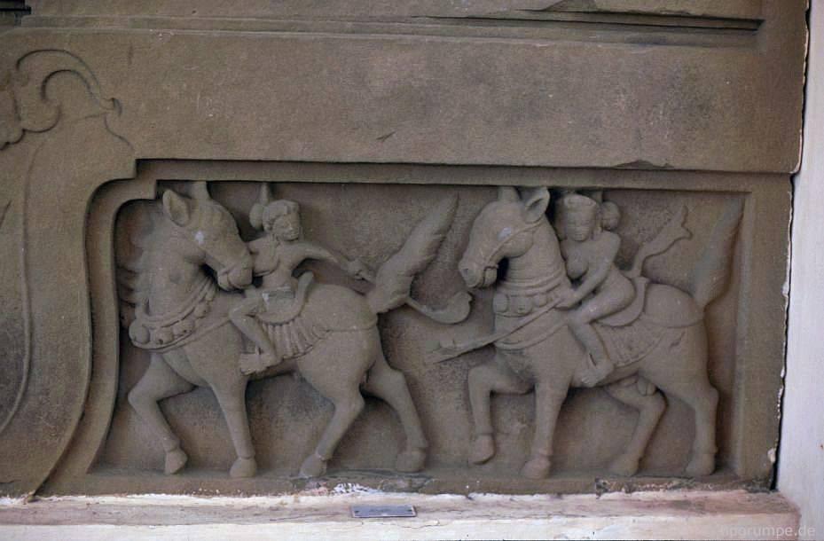 Đà Nẵng - Bảo tàng Chăm: Cham Relief