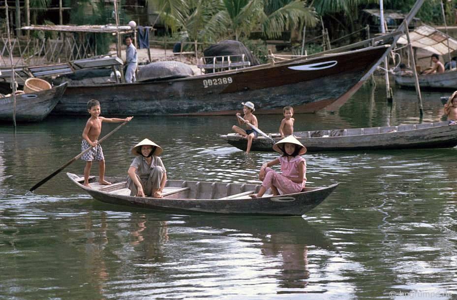 Hội An: Tại sông Thu Bồn