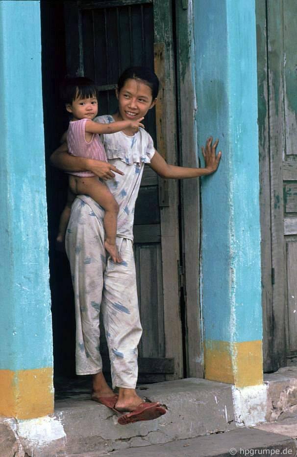 Hội An: phụ nữ trẻ có con