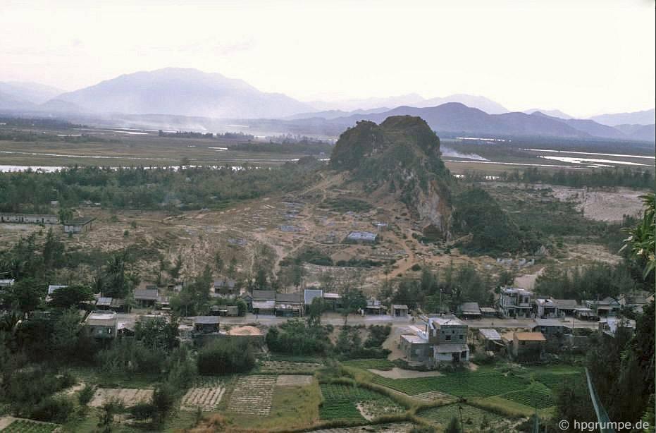 Núi Marble gần Đà Nẵng