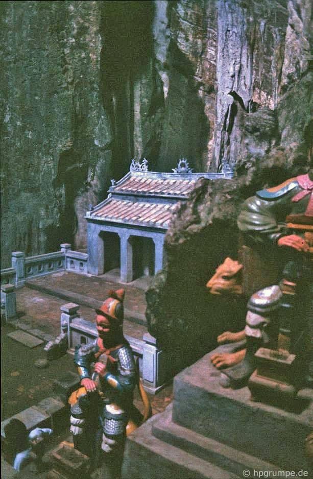 Ngũ Hành Sơn tại Đà Nẵng: Động Bồ Tát
