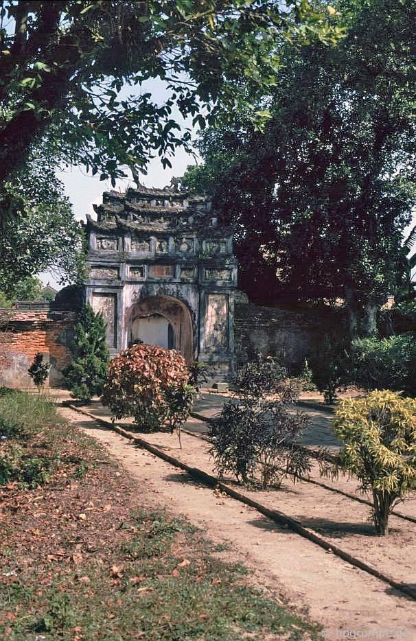 Thành phố Huế: Cổng