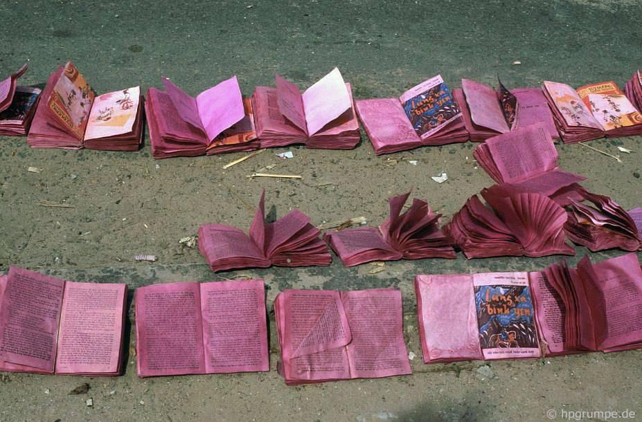 Sách màu; giấy được sử dụng để sản xuất pháo hoa