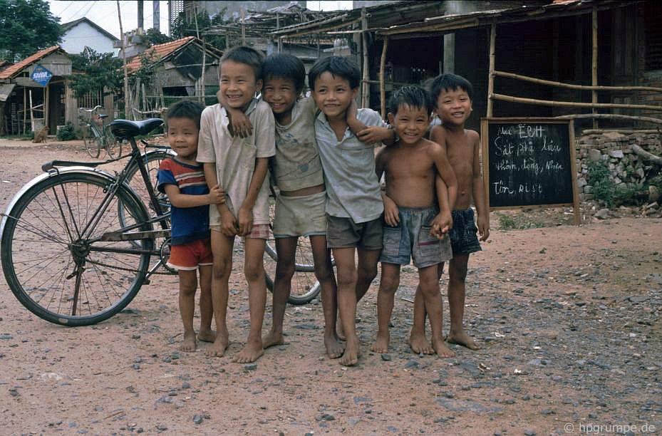 nhóm trẻ em