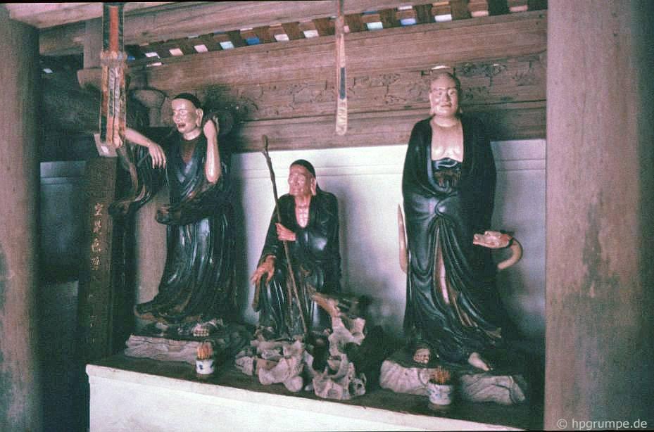 Những con số trong chùa Tây Phương