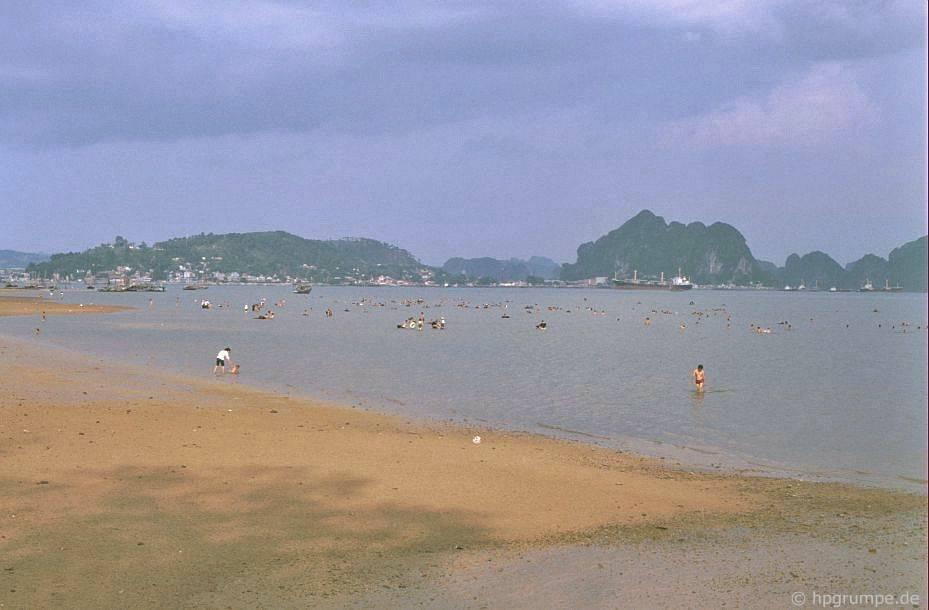 Vịnh Hạ Long: Tại Hồng Gai